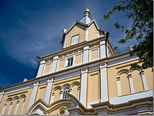 Корець, Свято-Троїцький жіночий монастир