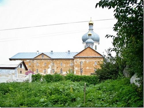 Корець, келії василіянського монастиря