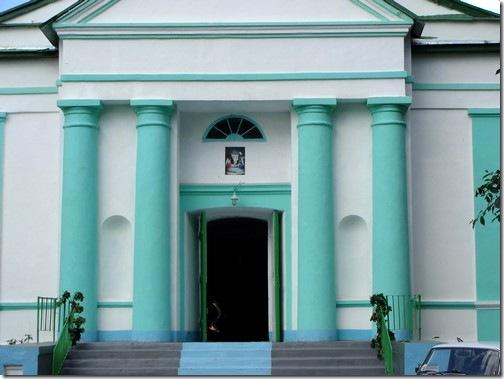 Остер, Воскресенська церква