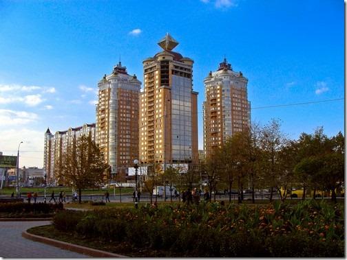 Оболонь, Мінська площа