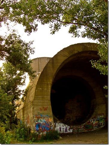 Оболонь, сталінський тунель