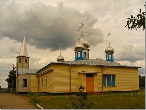 Коростень, церква