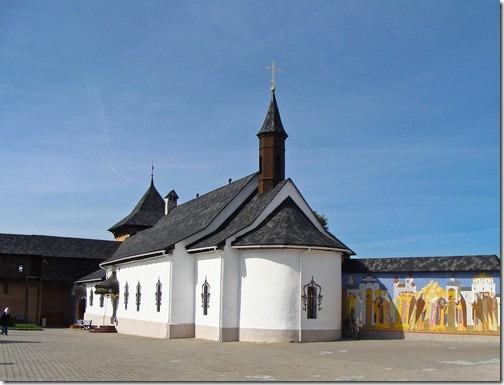 Зимненський Святогірський монастир, церква святої Юлiанiї Ольшанської