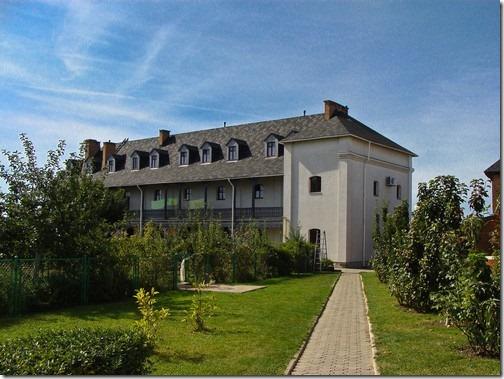 Зимненський Святогірський монастир, готель для паломників