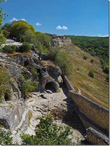 Чуфут-Кале, південні печери