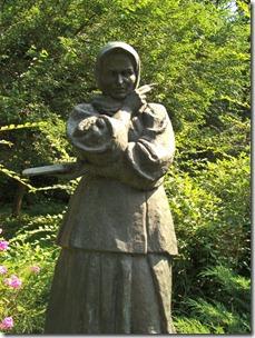 Яготин, пам'ятник Білокур