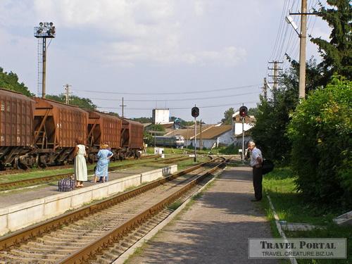 Поїзд Жашків - Козятин на станції Ржевуська