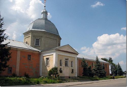 Шаргород, братський корпус і церква Архангела Михаїла