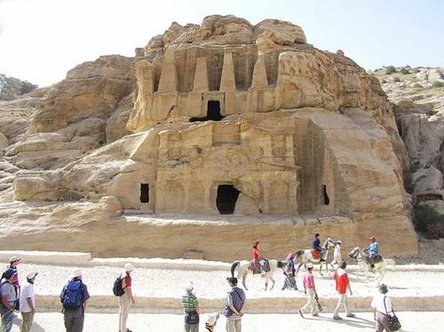 The Pyramids' Monument