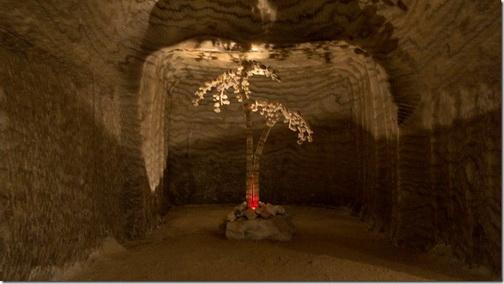Соледар, соляні шахти