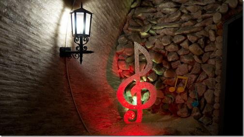 Соледар, соляні шахти, симфонічна зала