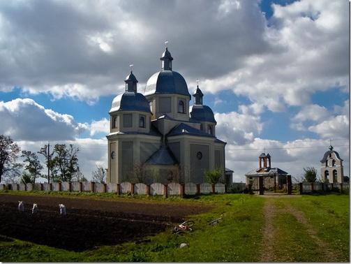Сморжів, церква