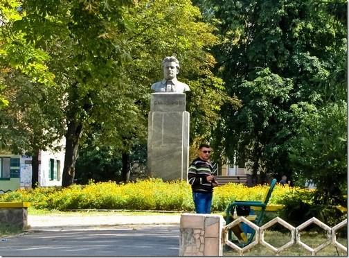 Лубни. Пам'ятник Кірову