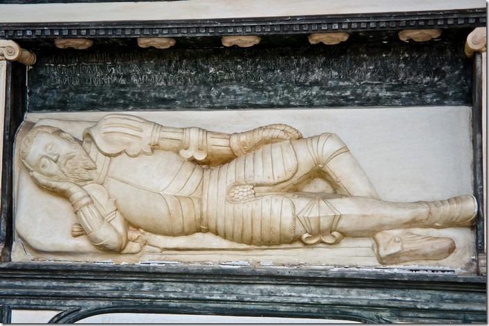 Унівська Лавра. Копія надгробку Ванька Лагодовського